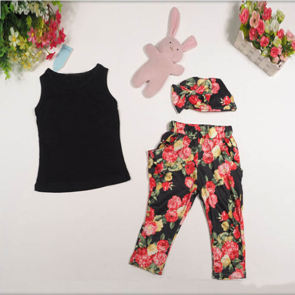 Baby girls floral clothes set