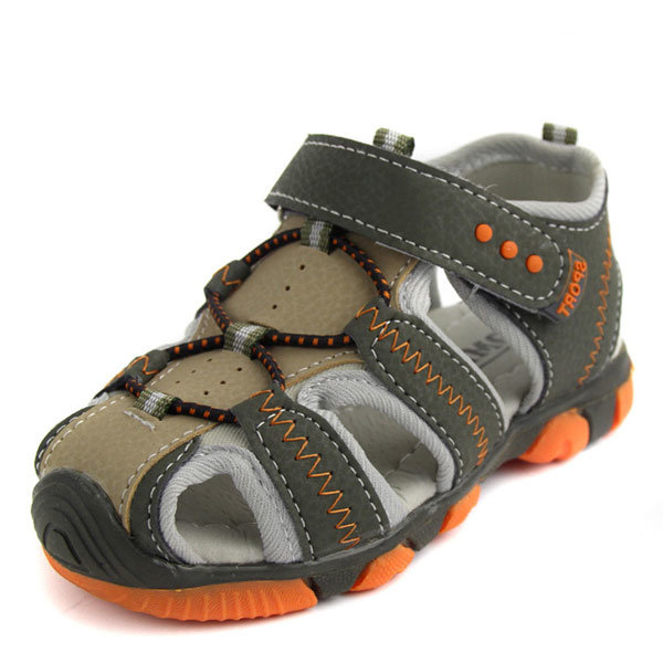 boys athletic sandals