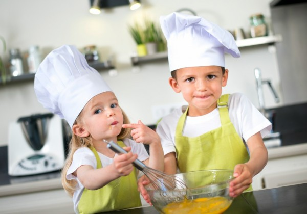 Let your child join the cooking process