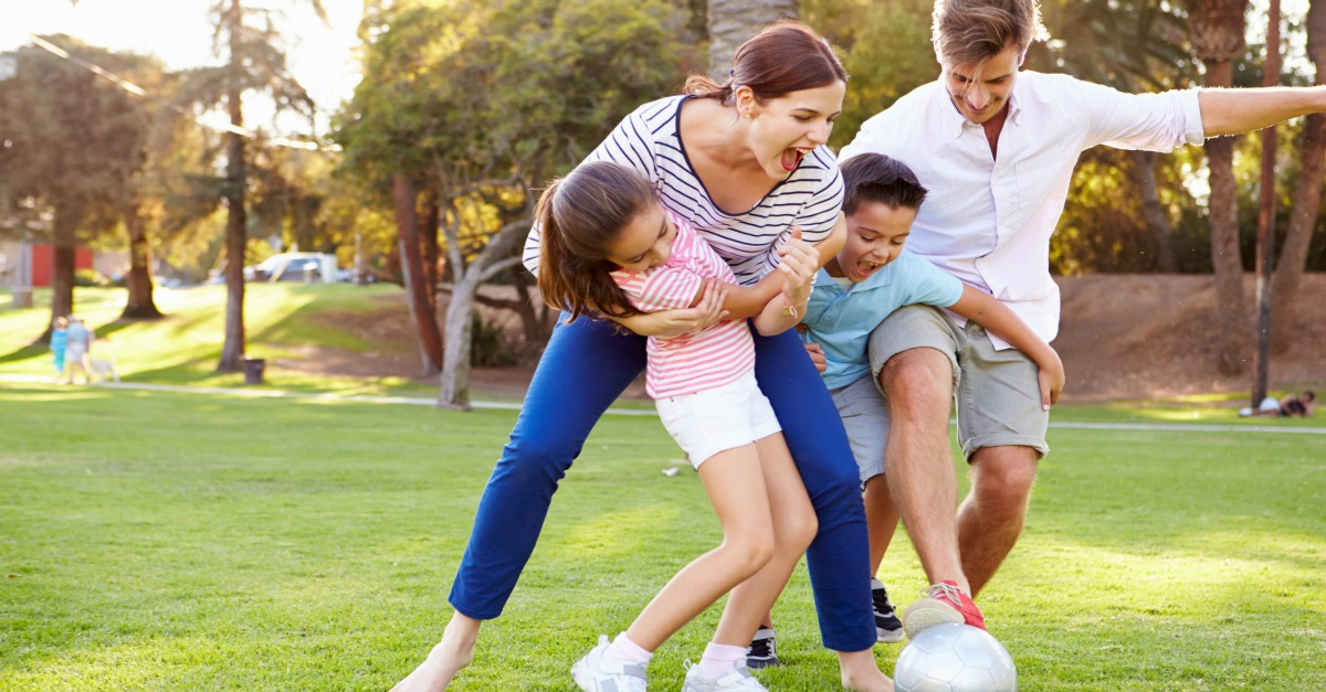 How To Have A Funny Picnic With Your Children Smart